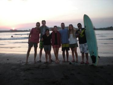 en playa iztapa con mis amigos